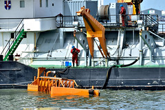 BOW JUBAIL OIL SPILL (dv-hans) Tags: botlek pollution bowjubail oilspill lbc jetty hebo tshd hein thirdpetroleumharbor