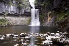 Ingleton waterfall (ecirp1) Tags: yorkshiredales yorkshire dales nationalpark park plungepool rocks limestone