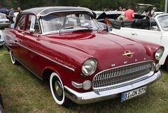 Kapitän (Schwanzus_Longus) Tags: bockhorn german germany old classic vintage car vehicle gm general motors opel sedan saloon captain kapitän