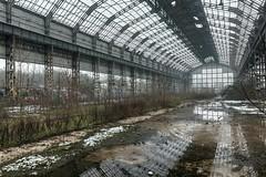(ilConte) Tags: milano milan italia italy ar architecture architettura architektur abbandono abandoned decay industrie industrial industrialarcheology industria industry factory