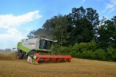 DSC_9735 (anetaležáková) Tags: summer sunset summerharvest sunnydays harvest agriculture agriphoto czechagri caseihpuma case casepuma165 caseoptum casepuma200 claas claaslexion newholland