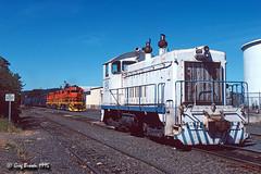 Something you don't see anymore (C.P. Kirkie) Tags: willamettepacific wprr smurfitnewsprint newberg oregon paper pulp railroads trains freighttrain gp392 sw9
