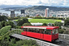 Wellington, NZ - Cable Car & City from Kelburn Lookout (zorro1945) Tags: wellington nz newzealand wellingtoncablecar cablecar vista cityview city harbour bay cricketground