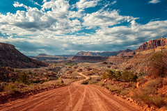 Smithsonian Butte Scenic Drive (•tlc•photography•) Tags: utah vacation smithsonianbutteroad desert zionnationalpark sandstone red clouds sky dirt scenic drive landscape