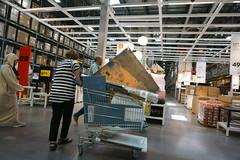 Gustav Klimt on sale (jlp771) Tags: art people personne shopping store magazin sony ilce6000