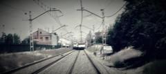 Todos los cambios, incluso los más deseados, tienen su melancolía; porque lo que dejamos detrás de nosotros es una parte de nosotros mismos; debemos morir a una vida antes de poder entrar en otra. (elena m.d.) Tags: ferrocarril adif guadalajara nikon 1855 ferroviario 2018 texturas zooming