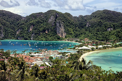 At View Point (Stefan Wirtz) Tags: kophiphi thailand strand beach meer ocean sea palmen