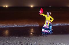 Flamenca al anochecer (josmanmelilla) Tags: modelos nocturna mar playas melilla españa pwmelilla flickphotowalk pwdmelilla pwdemelilla