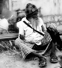 Old Man of Bengaluru (maj488/mike) Tags: begger street homeless caste india bangalore bangaluru
