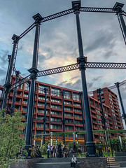 20180807-IMG_1871 Gasholder Park (susi luard 2012) Tags: kingscross n1c apartments gasholder london uk