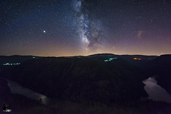 "Vía Láctea sobre ""Cañón do Sil"" (anyelo_vper) Tags: sony a7r laowa 15mm f2 f20 nocturnas night river stars milkyway astrophotography astrofotografía galicia ourense lugo spain longexposure largaexposición"