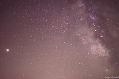 Marte y la via lactea (Zuncra Ztrazhnik) Tags: nightsky fotografianocturna fotografia nocturna mars marte milkyway milky way via lactea vialactea astrofotografia astrophotography nikon nikond5200 d5200 nikoor35mm 35mm nikkor asturias españa spain caravia picos de europa