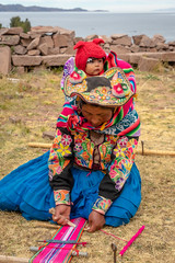 2018 learning by watching (jeho75) Tags: sony ilce 7m2 zeiss peru south america südamerika titikkasee titcaca lake quechua baby weberin portrait child