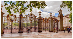_SPR9622.jpg (carnopowys) Tags: queen buckingham palace london nikon sw1 tube greenpark sight seeing tourist uk world head house buck home sweet sick