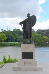 Philadelphia, PA - Fairmount Park East - Thorfinn Karlsefni (jrozwado) Tags: northamerica usa pennsylvania philadelphia fairmountpark park sculpture statue viking thorfinnkarlsefni þorfinnrkarlsefni
