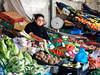 Tendera (thaisa1980) Tags: 2018 marzo mercadodobolhao oporto portugal fruit frutas gente market mercado people shopkeeper street tendero