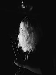 Midnight Opera (BurlapZack) Tags: olympusomdem5markii olympusmzuikoed75mmf18 vscofilm pack06 dallastx deepellum deepellumartco paisleymaze midnightopera gothglam glamrock artrock artpop avantglam noir theatrical dramatic localmusic livemusic musicfestival musicfest frontwoman guitar guitarist rickenbacker moody somnambulist vampire bw mono monochrome availablelight lowlight highiso handheld bokeh dof telephoto microfourthirds shred singer songwriter vocalist vocals music musician band hair mermaid babe