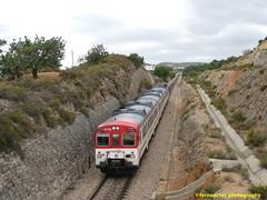 Tren de Cercanías de Renfe (Línea C-3) a su paso por CHIVA (Valencia) (fernanchel) Tags: adif chiva renfe ciudades spain c3 поезд bahnhöfe railway station estacion ferrocarril tren treno train rodalies cercanias