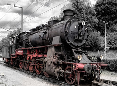 Die badische G12 - 58 311 (spallutography) Tags: dampflokomotive eisenbahn murgtal g12 badisch uef karlsruhe leica colorkey silverefexpro2