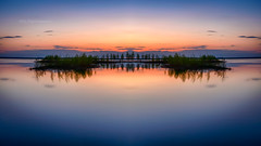 Lake Oijärvi reflections (M.T.L Photography) Tags: lakeoijärvi reflections water sunset night summer grass bright isle trees mtlphotography mikkoleinonencom serene