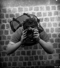 look in the mirror (NCP_H) Tags: canon 77d selfie black white