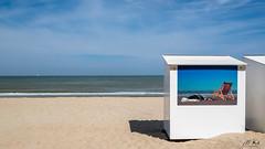 Coxyde_0618-6-2 (Mich.Ka) Tags: belgique beach borddemer cabane cabanedeplage coxydelesbains côte côtebelge flandre industriel koksijde landscape mer paysage plage sand sea seaside seascape streetart