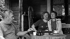 Deux moments de partage et de regards : le café... (stephane.desire) Tags: gens rožaje monténégro рожаје crnagora црнагора noiretblanc monochrome café portrait partage échange regard balkans