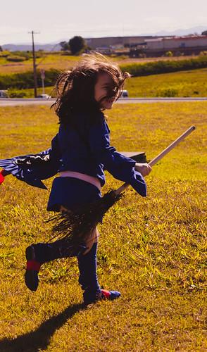 cosplay-girls-kiki-akko-little-witch-academia-4.jpg
