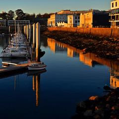 marina, port de brest (eric-foto) Tags: brest nikond800 port harbour littoral pennarbed finistère bretagne breizh brittany bzh reflets boat bateau marina portdebrest sunset coucherdesoleil