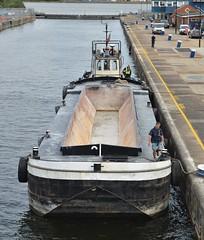 Progress + Provident @ KGV Lock 14-08-18 (AJBC_1) Tags: london thamescraftdrydockingservicesltd boat vessel dlrblog england unitedkingdom uk ©ajc northwoolwich eastlondon newham londonboroughofnewham nikond3200 damen tug tugboat ajbc1 kgvlock kinggeorgevlock londonsroyaldocks docklands marinesupportthamesmstltd damenstantug1405 progress greatbritain gb londoncityairportdevelopmentproject cadp marineengineering royaldocks gallionspoint bargeprovident hopperbarge