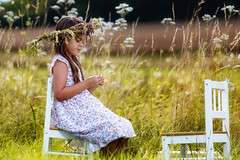 take a seat (pipe notjustaphoto) Tags: little girl flowers sunshine summer wreath gras chair yellow floral flower power