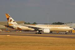 Etihad Cargo Boeing 777-FFX A6-DDD EMA 24/07/18 (bhxflights) Tags: ema egnx eastmidlandsairport eastmidlands etihadcargo etihad cargo freighter boeing boeing777 airport
