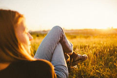 gotcha (Dima Viunnyk) Tags: gi girl woman sunlight summer sunset sun majesticcasua vibe alo