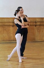 DSC00462 (fingle) Tags: nouveauchamberballet loisellynstudio lookingforwardlookingback studiorehearsal fullerton california rehearsal dance ballet thefirebird princessesdance