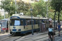 Vienne - Baden (Jean (tarkastad)) Tags: tramtour2018 vélo tram tramway strasenbahn bim tarkastad streetcar vienne vienna wien österreich autriche austria lightrail lrt interurbain stadtbahn