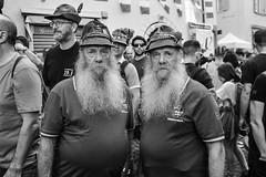 Raduno alpini (Claudia Celli Simi) Tags: trento trentino alpini 2018 radunoalpini bw bn biancoenero blackandwhite monocromo contrasto volti visi ritratti portrait barbe barba gemello gemelli radunoalpini2018