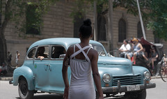 Streets of Havana - Cuba (IV2K) Tags: havana habana lahabana cuba cuban kuba cubano centrohavana habanavieja sony sonya7 a7 castillodefarnes street classiccar classiccars castro fidelcastro