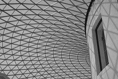 2018 August 2nd - The Courtyard in the British Museum (2) (JTC1976) Tags: d3200 nikond3200 nikon london london2018 2018 summer2018 august2018 britishmuseum thebritishmuseum court courtyard architecture