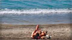 Maronti - Spiaggia libera (Armando Domenico Ferrari) Tags: lumix panasonic lumixpanasonictz90 armandodomenicoferrari armandodomenicoferrarifotografo armandodomenicoferrariphotographer armandoferrarifotografo istrice1 adf italy italia italie italien brescia photoshop tag beautifulgirl bikinigirl bikinibeach