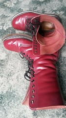 20180305_101039 (rugby#9) Tags: drmartens boots icon size 7 eyelets doc docs doctormarten martens air wair airwair bouncing soles original 14 hole lace docmartens dms cushion sole yellow stitching yellowstitching dr comfort cushioned wear feet dm 14hole cherry indoor 1914 boot footwear shoe macro