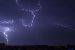 2018.06.21 - 054500 (NIKON D7200) [Amora] (Nuno F. C. Batista) Tags: clouds nuvens amora seixal portugal lusoskies lightning relâmpago thunderstorm trovoada storm night sky nikon severeweather storms photography margemsul skies portuguese meteorology cumulunimbus d7200