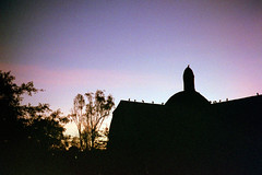 Iglesia La Ermita, at sunset (//sarah) Tags: film minoltasrt100 peru lima barranco iglesia iglesialaermita sunset purple silouhette birds