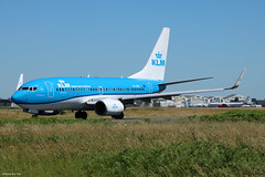 Boeing 737-700 KLM PH-BGF (Arthur CHI YEN) Tags: boeing 737700 klm phbgf b737 737 lfbd bod