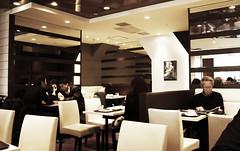 Akihabara café (DameBoudicca) Tags: tokyo tokio 東京 japan nippon nihon 日本 japón japon giappone akihabara 秋葉原 akiba アキバ café cafe kafé kaffeehaus caffè caffetteria cafetería カフェ コーヒー店