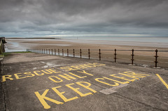 keep clear (Mike Ashton) Tags: mersey sps wirral seaside coast newbrighton