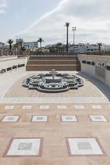2018/07/11 17h10 mosquée Hassan (Rabat) (Valéry Hugotte) Tags: 35mm maroc rabat canon canon5d canon5dmarkiv fontaine mosquéehassan quartierhassan tourhassan rabatsalékénitra ma