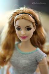 new lip color for brianna (photos4dreams) Tags: dress barbie mattel doll toy photos4dreams p4d photos4dreamz barbies girl play fashion fashionistas outfit kleider mode puppenstube tabletopphotography redhead ginger girlpower curvy kurvig madetomove mtm strawberryblonde brianna