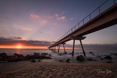 Al Alba (Yaco1959) Tags: badalona albada aurora mediterraneo larga exposicion playa puente petroli