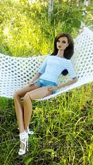Heiress Erin (Annabeth R.) Tags: doll integrity toys fashion royalty fr nuface nu face erin salston heiress heirloom collection summer hammock