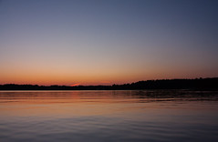 IMG_4542-1 (Andre56154) Tags: schweden sweden himmel sky wolke cloud wasser water ufer abendrot afterglow meer spiegelung reflection landschaft landscape